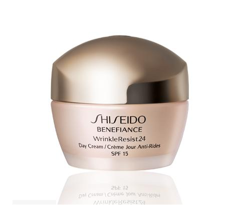 Shiseido Benefiance WrinkleResist24 Day Cream SPF 15 1