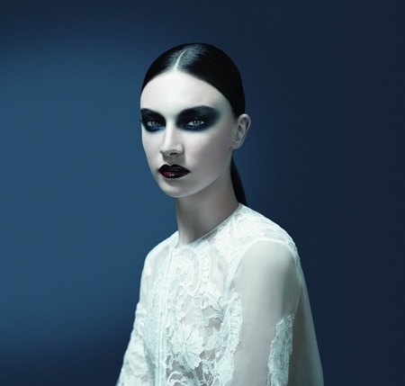 Givenchy Fall 2011 Makeup Trend 1