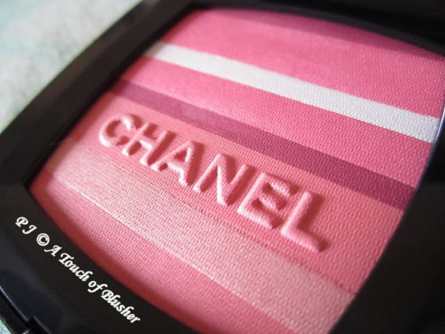 Chanel Blush Horizon de Chanel Soft Glow Blush Spring 2012 Makeup 2
