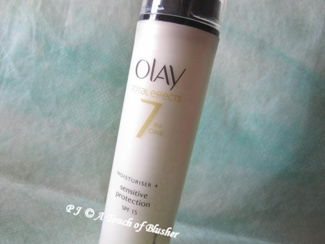 Olay Total Effects Sensitive Protection SPF 15 1
