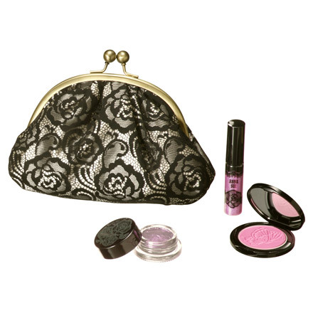 Anna Sui Holiday 2012 Makeup 2