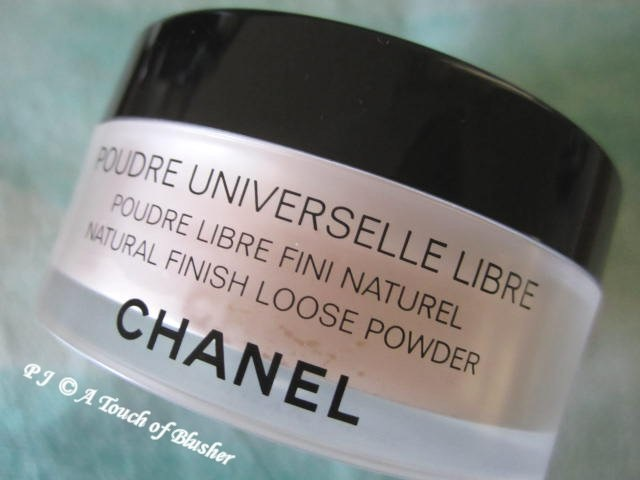 Chanel Poudre Universelle Libre 57 Reverie Holiday 2012 Makeup 1