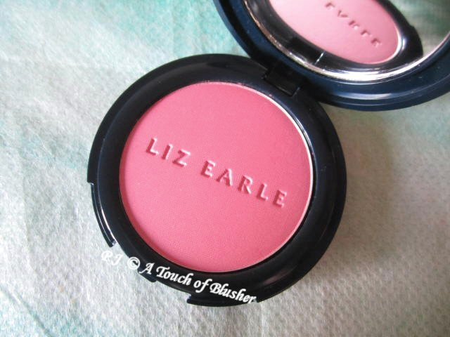 Liz Earle Healthy Glow Powder Blush 06 Nectar 1
