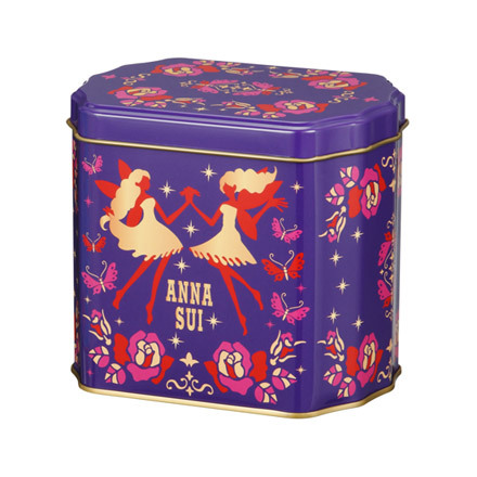 Anna Sui Spring Summer 2013 Base Makeup 2