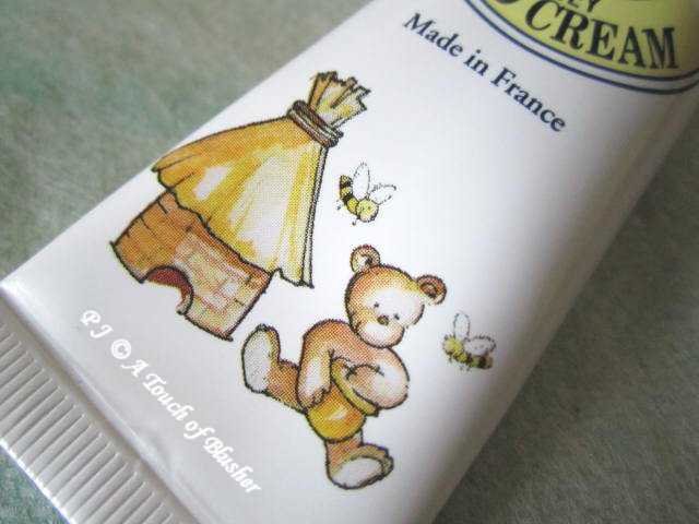 L'Occitane Shea Honey Hand Cream 2013 2