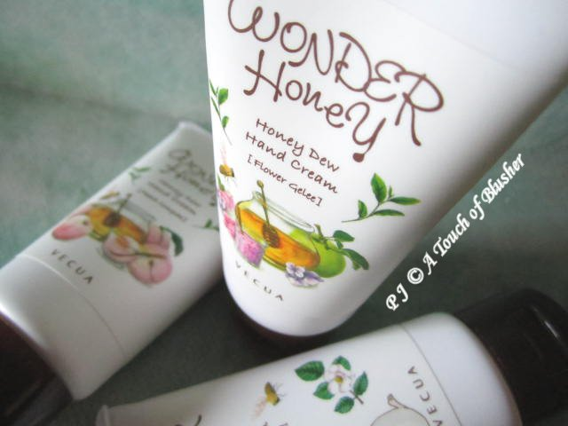 Vecua Honey Wonder Honey Honey Dew Hand Creams 1