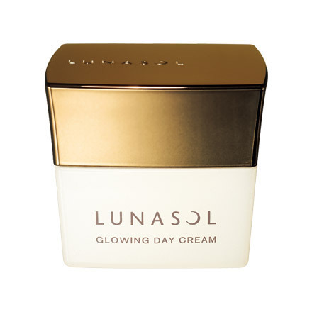 Kanebo Lunasol Fall Winter 2014 Skincare 95