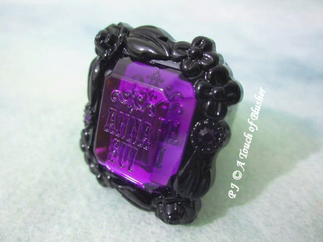 Anna Sui Rose Ring Rouge 200 Fall 2013 Makeup 1