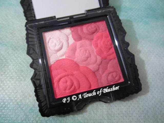 Anna Sui Rose Cheek Color N 400 Summer 2014 Makeup 1