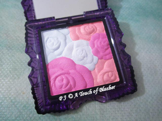 Anna Sui Rose Cheek Color N 01 Holiday 2015 Makeup 1